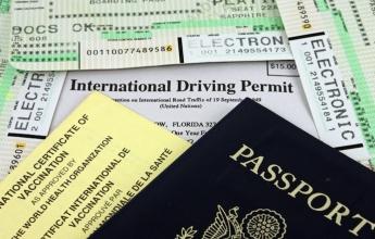 Nezapomeňte na mezinárodní řidičský průkaz